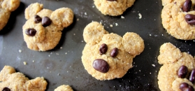 Teddy bears oatmeal cookies