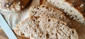 Pszenno-żytni domowy chleb na zakwasie
